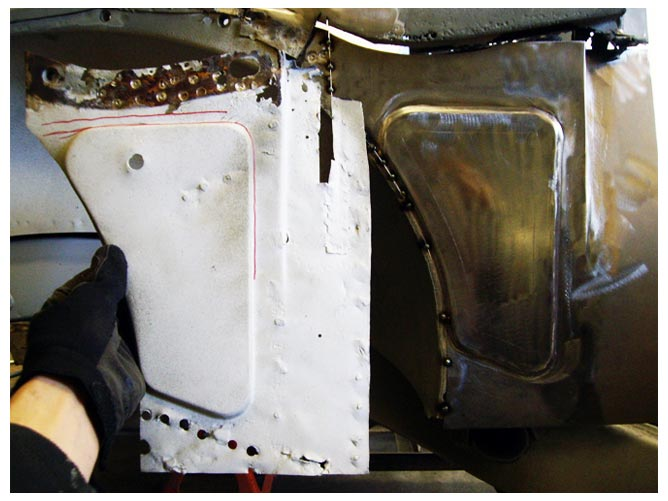 Example of a before and after of rust repair done by Bear Metal Kustoms.